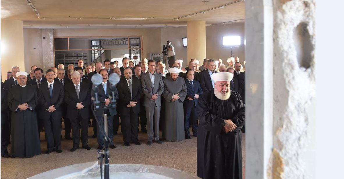 الرئيس الأسد يؤدي صلاة عيد الاضحى المبارك في جامع الصحابي الجليل سعد بن أبي معاذ في داريا