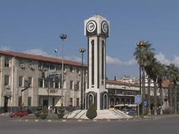 تكريم أسر شهداء في حمص: سورية ستبقى قوية وشامخة