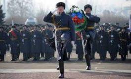 روسيا تحتفل بعيد حماة الوطن