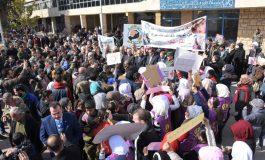 وقفة في حلب تضامناً مع الأهالي المحاصرين في  الفوعة وكفريا