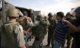 الاحتلال يعتقل 12 من حراس الأقصى.. ويهدم منزلين في العيسوية
