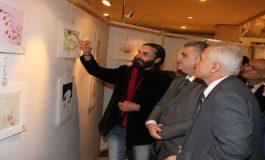 كرم الفنان الراحل ممتاز البحرة  افتتاح معرض سورية الدولي للكاريكاتور بمشاركة 400 فنان من 76 دولة