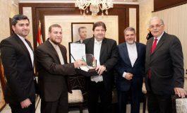 المستشارية الثقافية الإيرانية تكرم وزير الثقافة