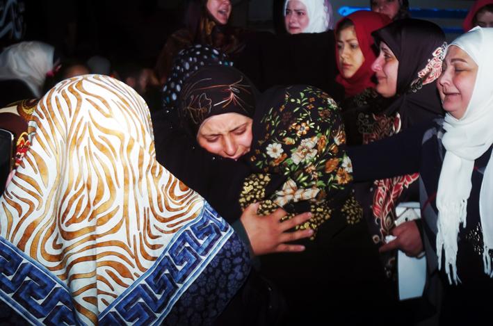 بقين ومضايا وبلودان خالية من السلاح والمسلحين.. وخروج 3000 شخص من كفريا والفوعة  الجيش يواصل تقدّمه شمال شرق تدمر.. ويقضي على عشرات التكفيريين بريفي حمص وحماة