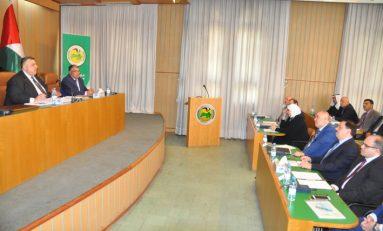 هيئة مكتب الفلاحين القطري تعقد اجتماعها الصباغ: الارتقاء بالأداء وتحمّل المسؤولية