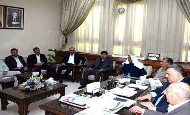 الصباغ يعقد اجتماعاً لبحث واقع العملية الزراعية ويلتقي مجلس نقابة الأطباء البيطريين