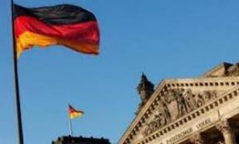 ألمانيا تقطع التمويل الحكومي عن الأحزاب المتطرّفة