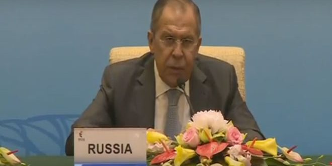 لافروف: يجب التنسيق مع الحكومة السورية والاحترام الكامل لسيادتها ووحدة أراضيها