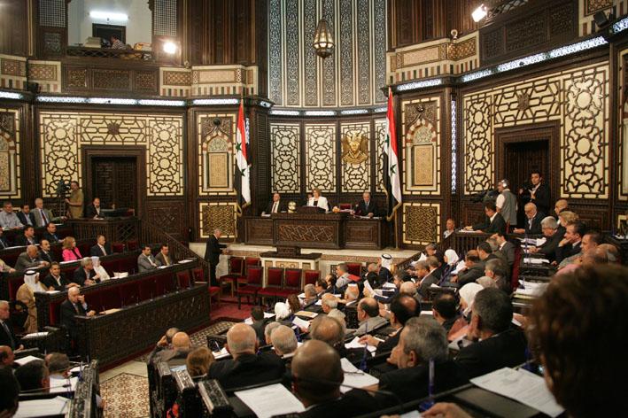 تمديد ولاية المجلس تستحوذ على الجزء الأكبر من النقاش مجلس الشعب يواصل مناقشة مشروع تعديل نظامه الداخلي
