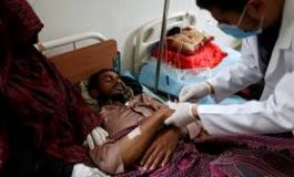 في العيد.. اليمنيون بين نار الكوليرا وغارات النظام السعودي