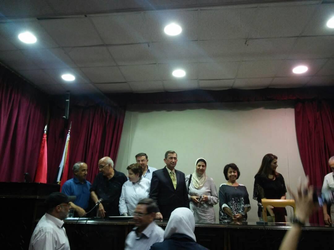 حسان نشواتي يستحضر صورة شعرية تشكيلية لحيّ القيمرية
