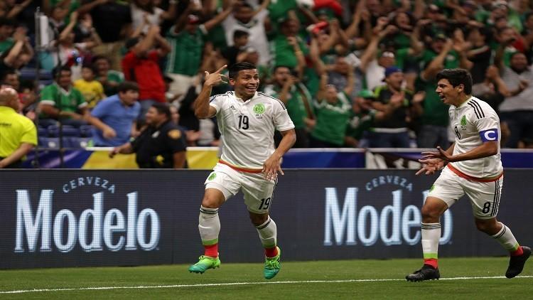المكسيك تكمل عقد ربع نهائي الكأس الذهبية