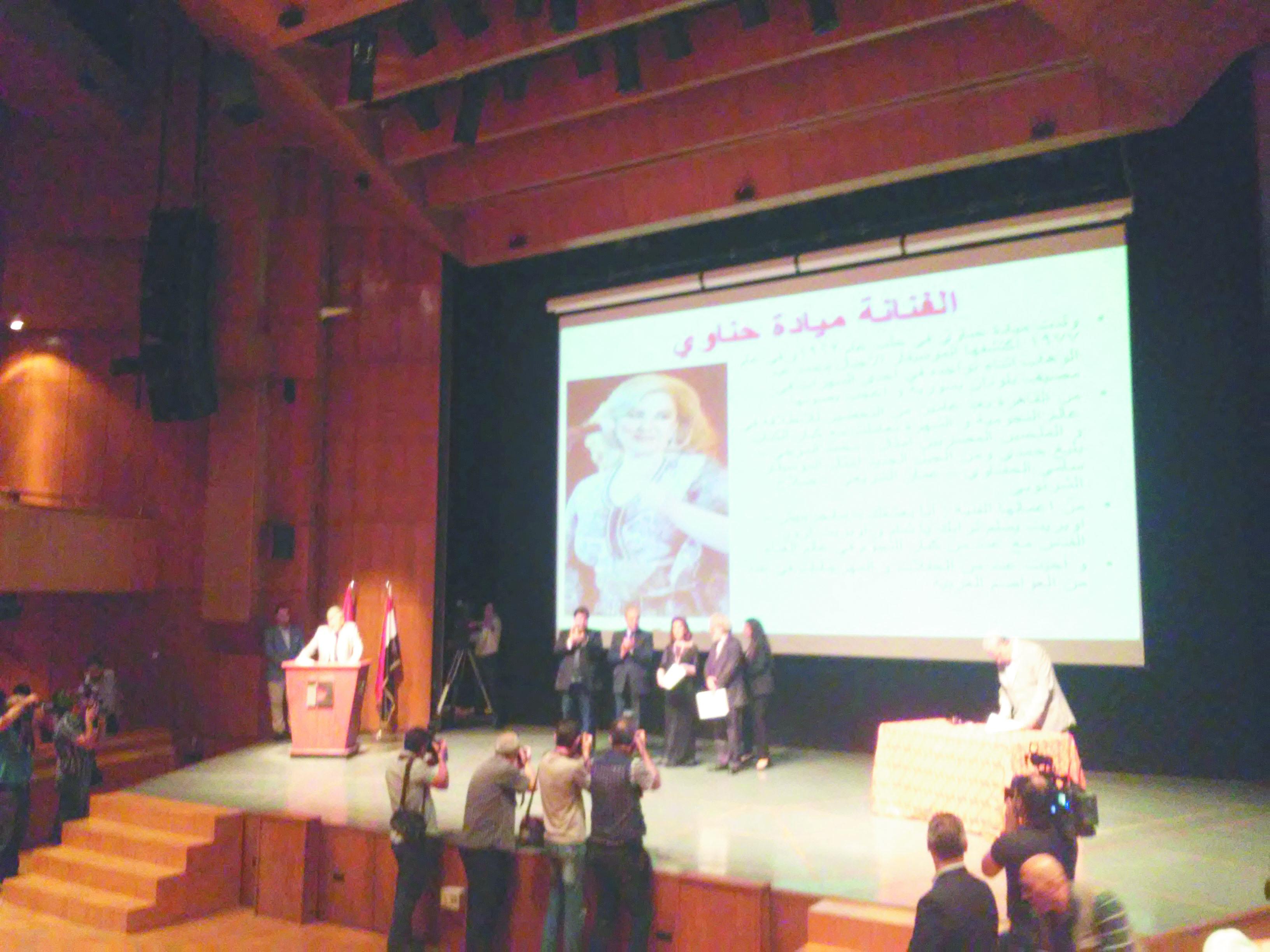 في حفل توزيع جوائز الدولة التقديرية لعام 2017:  سورية انتصرت بثقافتها وحضارتها الممتدة عبر التاريخ