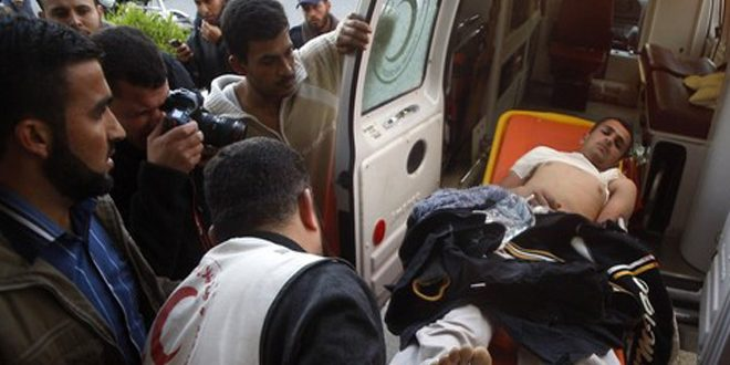 إصابة 25 فلسطينياً بنيران قوات الاحتلال الإسرائيلي