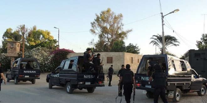 مقتل شرطيين مصريين بينهم ضابط بهجوم إرهابي في العريش