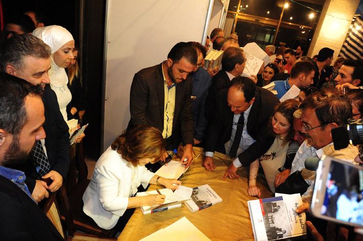 """توقيع الطبعة الثانية من كتاب """"حافة الهاوية.. وثيقة وطن""""  شعبان: إعادة قراءة ما تعرّضت له سورية بشفافية"""