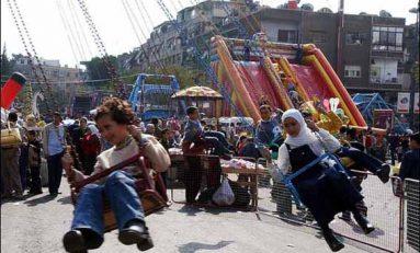 الأطفال والعيد انتصار للبراءة على قسوة الظروف.. وفرحة عائدة إلى حياتهم