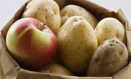 هذا إنتاجنا من البطاطا والتفاح
