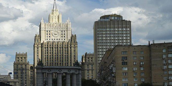 موسكو: نمتلك معلومات عن تفجير الإرهابيين قذيفة تحوي غاز السارين في حادثة خان شيخون