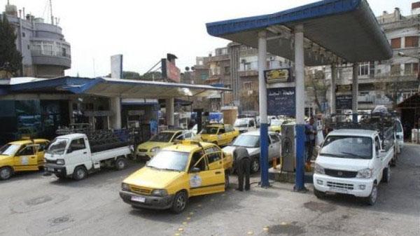 88 ألف ليتر من المازوت ومثلها من البنزين و40 طناً من الغاز لدير الزور