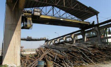 الحاجة الكبيرة للمحروقات غير المتاحة توقف معمل القضبان الحديدية عن الإنتاج