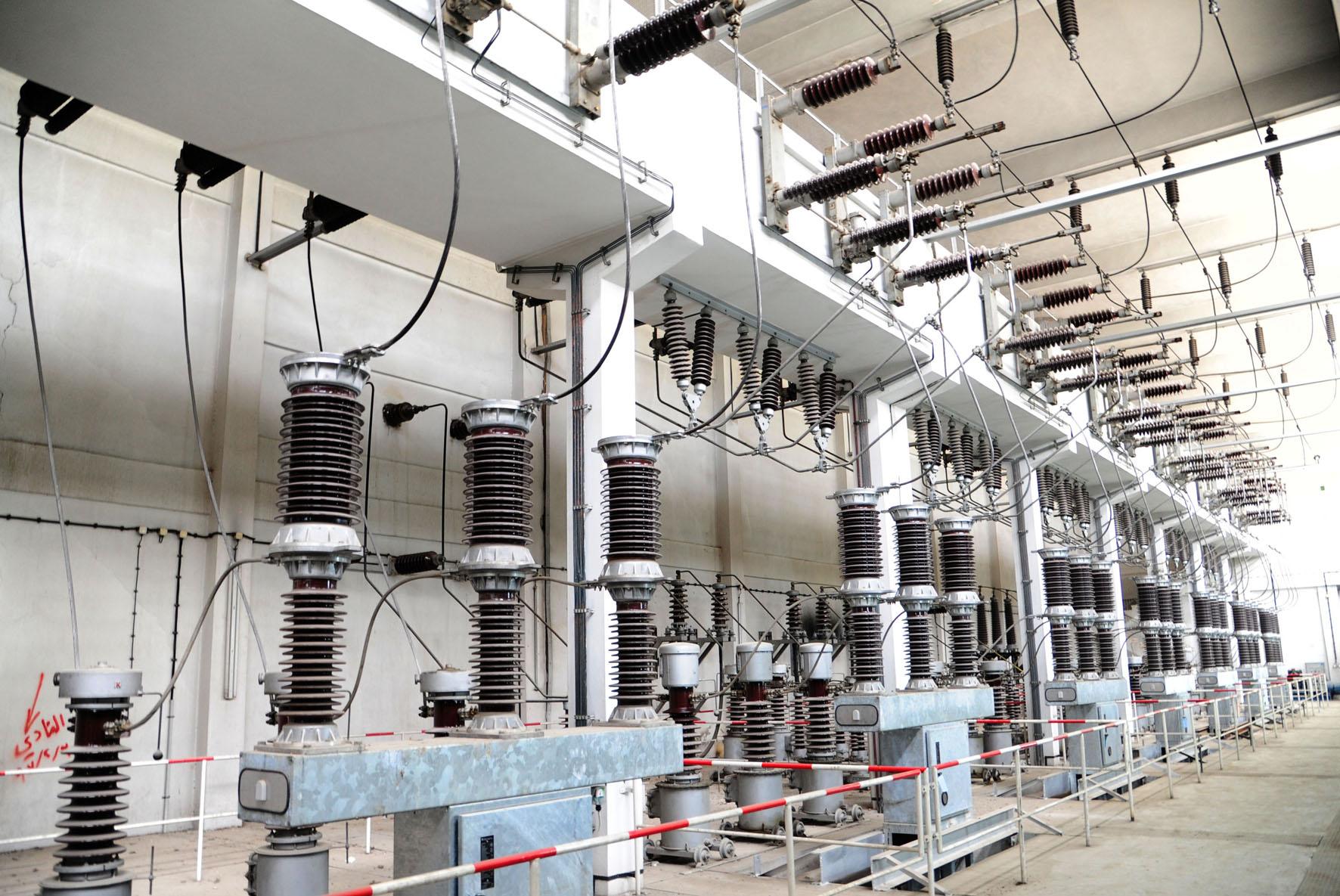"""""""الكهرباء"""" ترفــع اســتطاعة محطــات توليدهــا من 1400 ميغــاواط إلى أكثــر من 6000 ميغا.."""