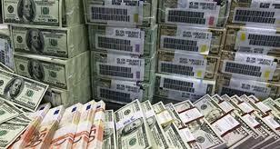 أثرياء السعودية يهرّبون أموالهم من منطقة الخليج
