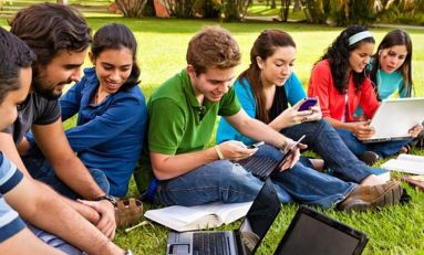 """مرحلة المراهقة """"مرهقة""""..  تتطلب تفهماً للمواقف وإدراكاً للسلوك وحكمة بالمعالجة"""
