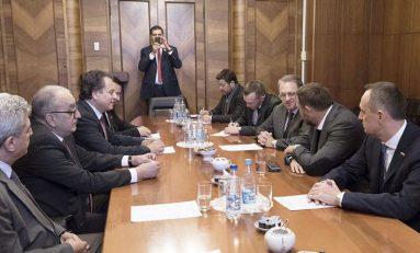 بوغدانوف يلتقي وفد مجلس الشعب السوري: دعم جهود مكافحة الإرهاب وتسوية سريعة للأزمة