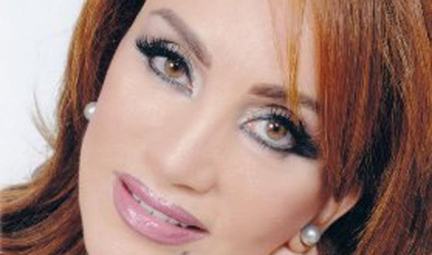 """الروائية الجزائرية أحلام مستغانمي """"فنانة اليونسكو من أجل السلام"""""""