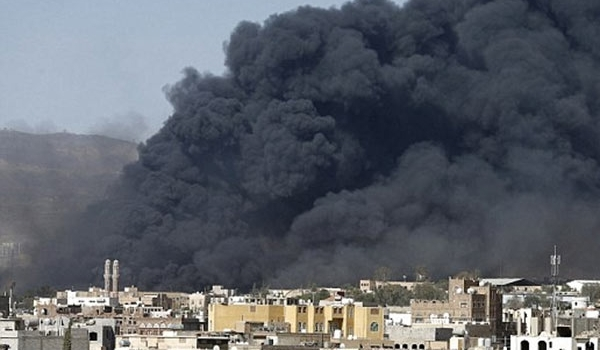 التحالف السعودي يقصف منزل صالح في صنعاء ومقراً للمؤتمر الشعبي