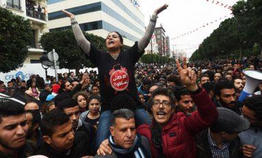 تونس: توسّع الاحتجاجات وارتفاع منسوب العنف
