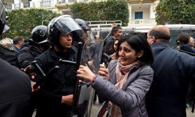 الجبهة الشعبية: الشاهد متحالف مع مثيري الشغب في تونس