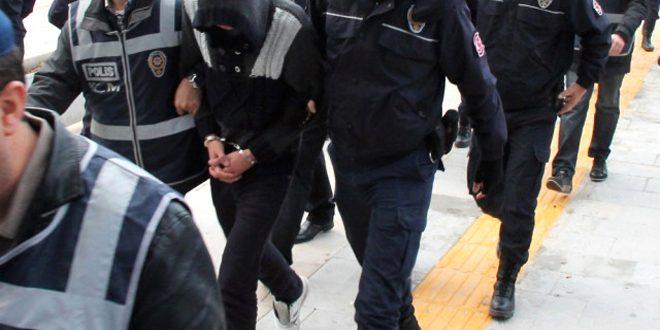 نظام أردوغان يعتقل 42 شخصا لمعارضتهم العدوان التركي على عفرين